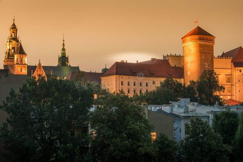 Krakow, Polska: Wawel kasztel w zmierzchu zdjęcia royalty free