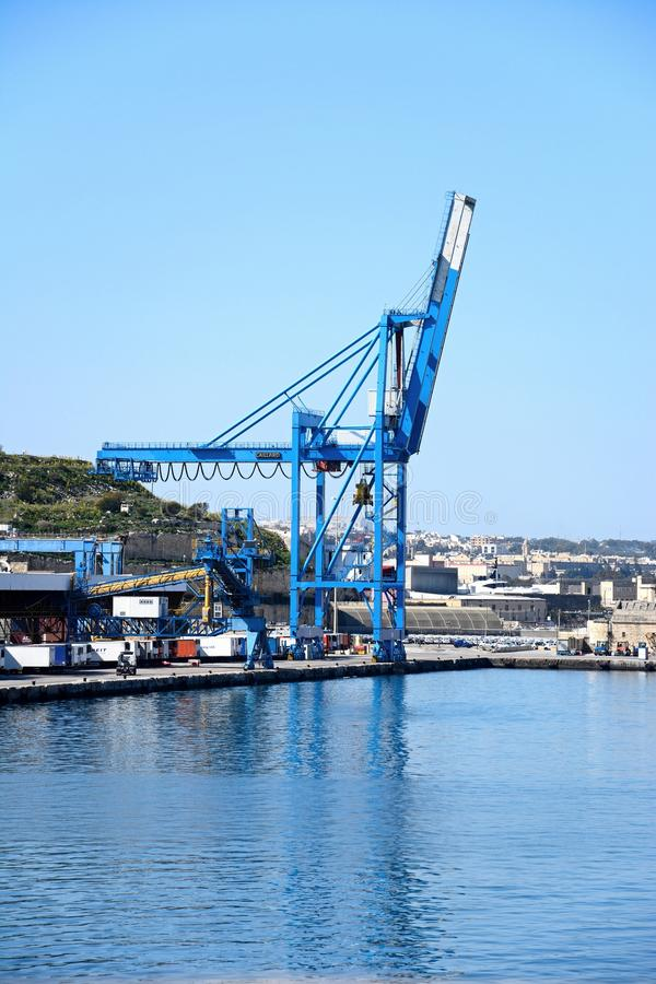 Kran in Paola-Docks, Malta stockbild
