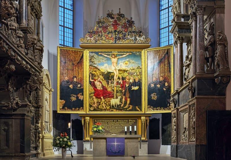 Kranachtaltar in der Herder Church in Weimar, Deutschland stockbilder