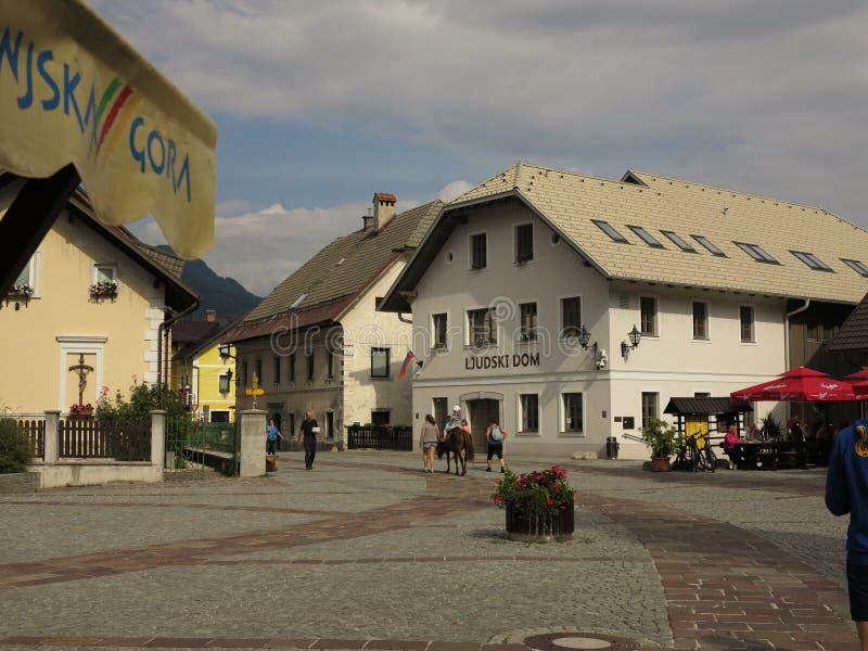 Kranjska Gora, Slovenië, zomervakantiereis stock afbeeldingen