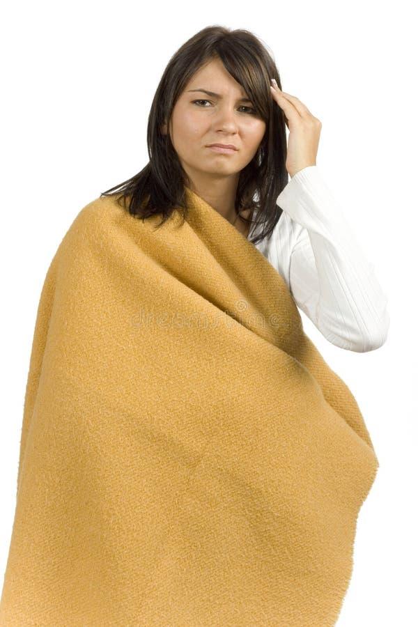 Kranke Frau mit Kopfschmerzen lizenzfreie stockfotografie