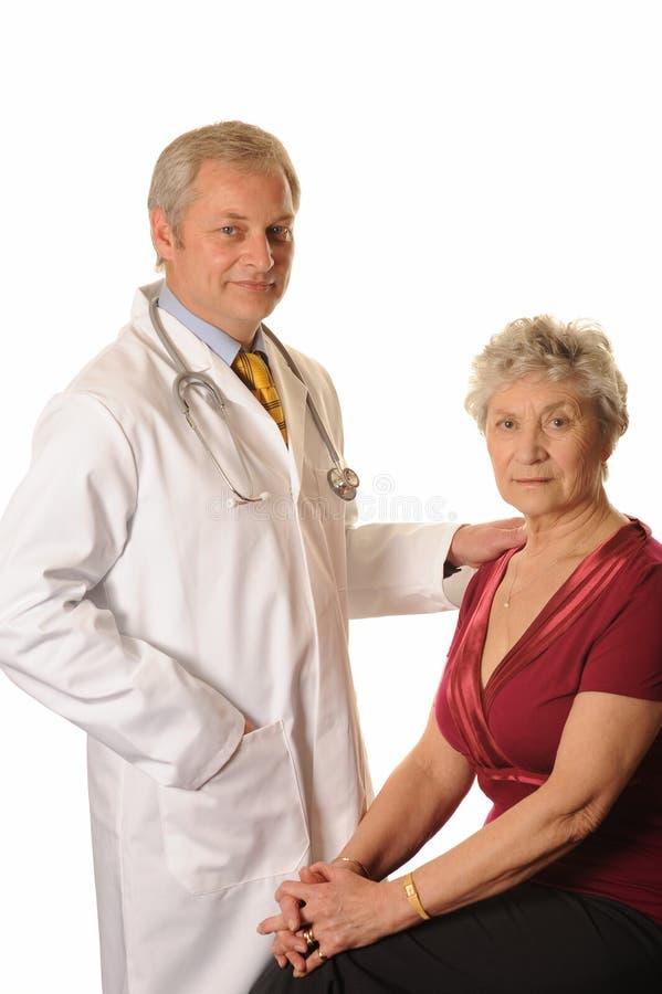 Krankenhaus-Doktor mit Patienten stockfotografie