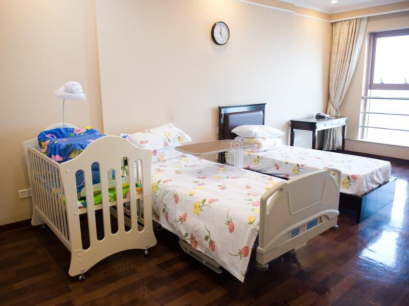 Krankenhausbett lizenzfreie stockfotografie