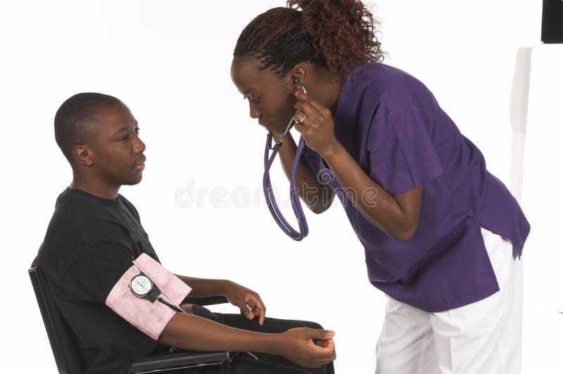 Krankenschwester und Patient lizenzfreie stockfotos