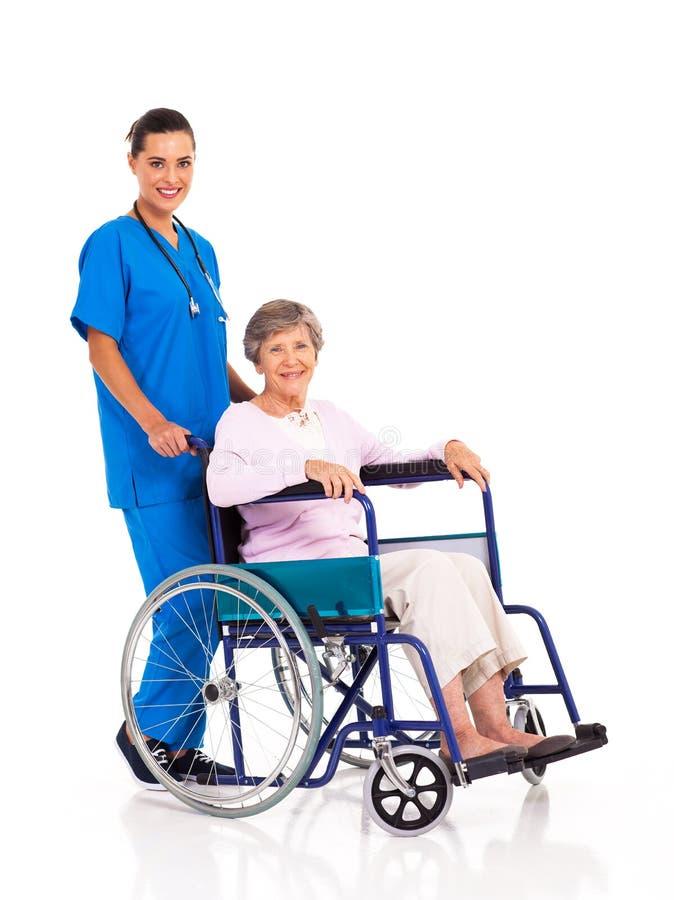Krankenschwesterseniorpatient lizenzfreies stockbild