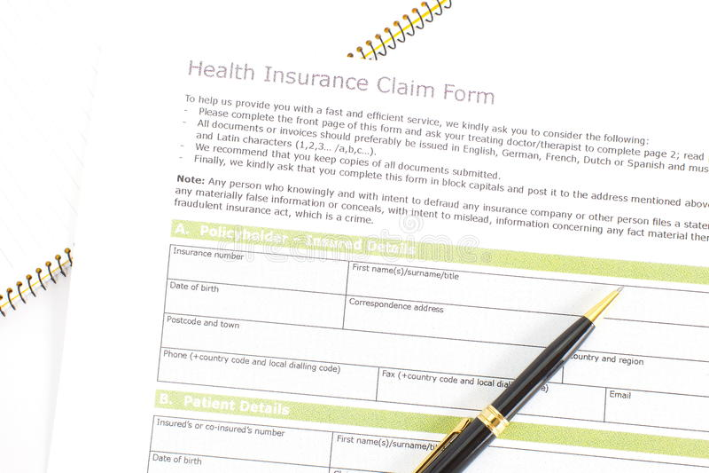 Krankenversicherungs-Antragsformular lizenzfreie stockfotos