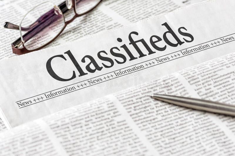 Krant met de krantekop Classifieds royalty-vrije stock foto