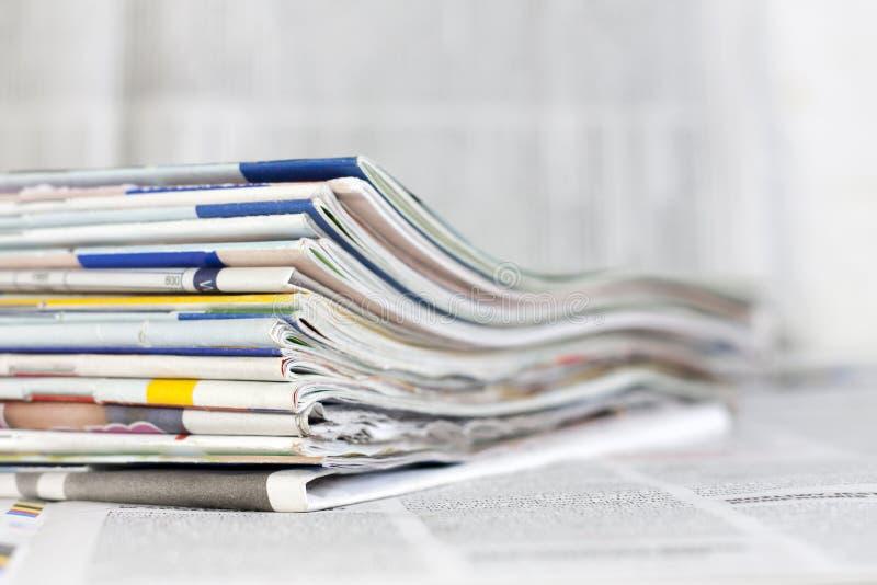 Kranten en tijdschriften achtergrondconcept royalty-vrije stock foto