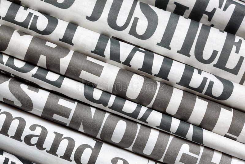 Krantenkrantekoppen royalty-vrije stock afbeeldingen