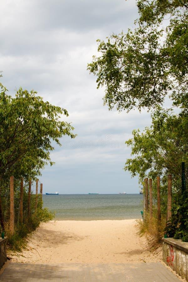 krasnodar διακοπές θερινών εδαφών katya Είσοδος σε μια αμμώδη παραλία Seascape στοκ εικόνα με δικαίωμα ελεύθερης χρήσης
