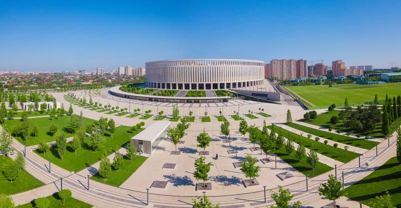 Krasnodar, Rusia - mayo de 2019: Vista aérea del parque del estadio de Krasnodar fotografía de archivo