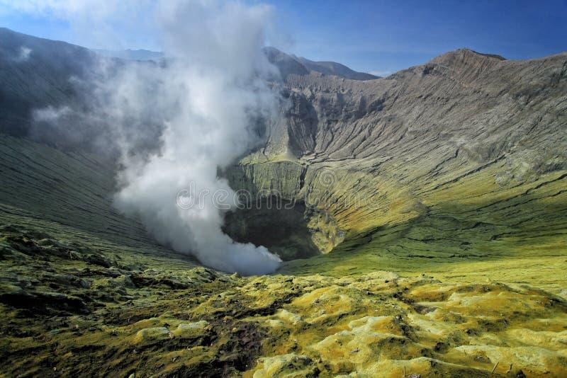 Krater actieve vulkaan Bromo royalty-vrije stock afbeelding