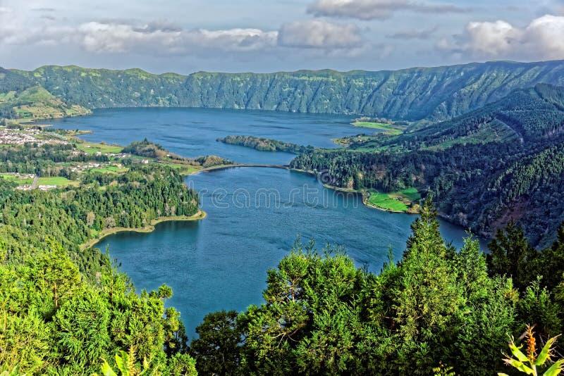 Krater jeziora zdjęcia stock