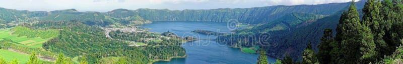 Krater jeziora zdjęcie stock