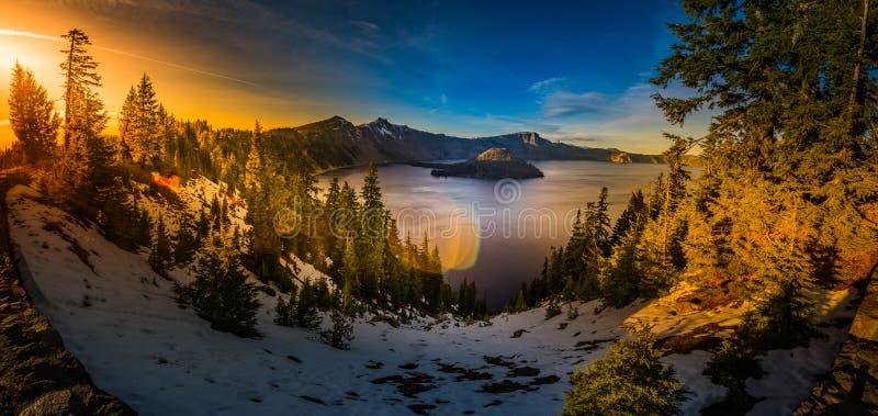 Krater sjönationalpark Oregon royaltyfria bilder