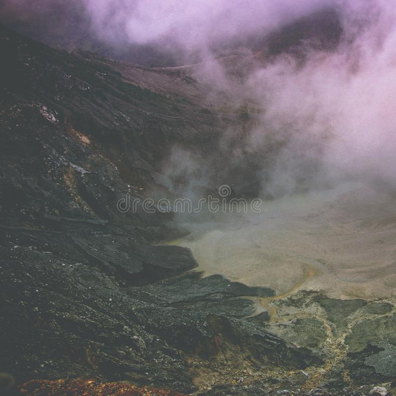 Krater van Tangkuban Perahu in Bandung, Indonesië royalty-vrije stock afbeeldingen