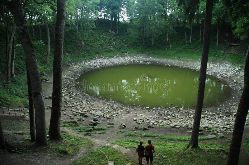 kraterkaalimeteorite royaltyfria bilder
