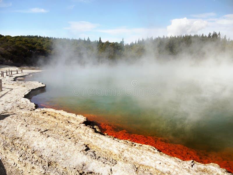 Kratermeer, de Hete Lentes stock foto's