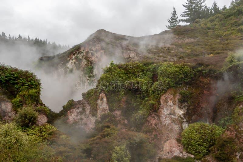 Kratery księżyc dekatyzacji wentylacje, NZ zdjęcia royalty free