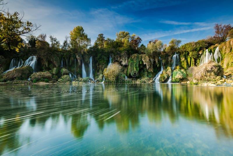 Kravica vattenfall, lång exponering, Bosnien arkivfoto