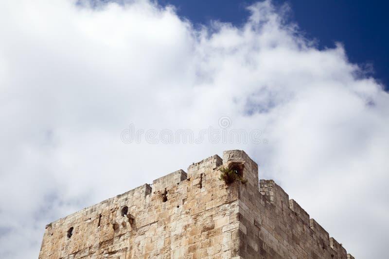 Wieżyczka & Chmurny niebo zdjęcie stock