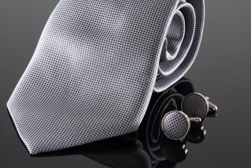 Krawat z mankiecików połączeniami obrazy stock