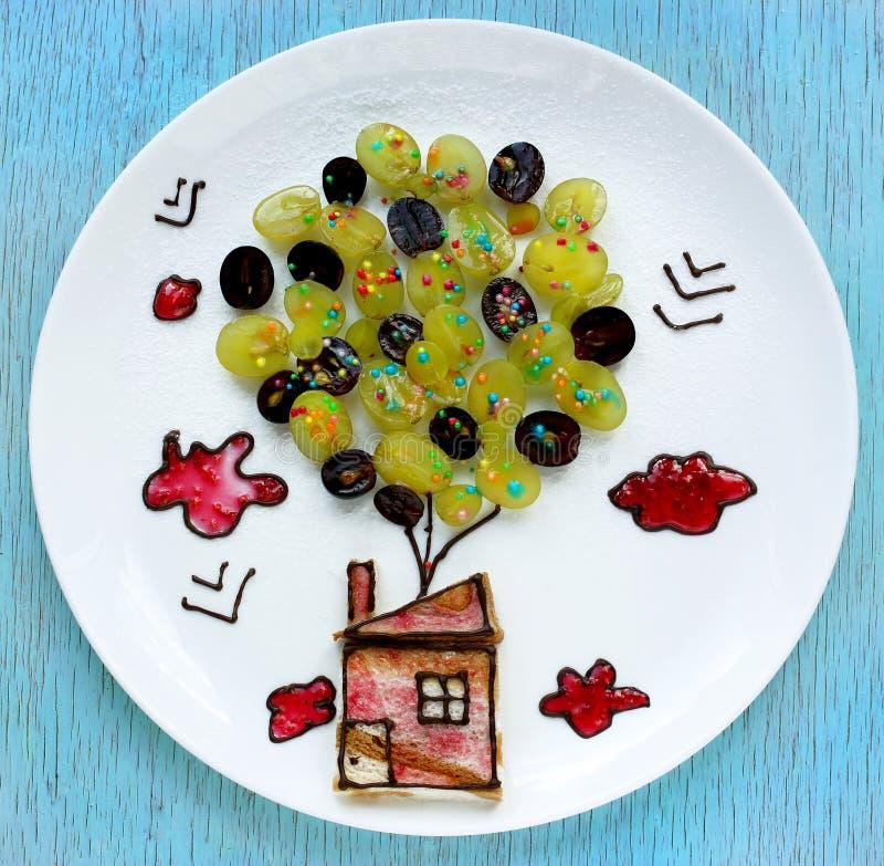 Kreative Idee zum das Frühstück stockfotografie