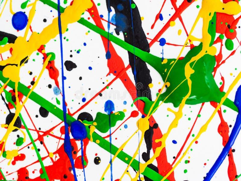 Kreativer Hintergrund der Kunst des abstrakten Expressionismus Kunst von spritzt und tropft rote schwarze grüne gelbe blaue Farbe lizenzfreie stockbilder