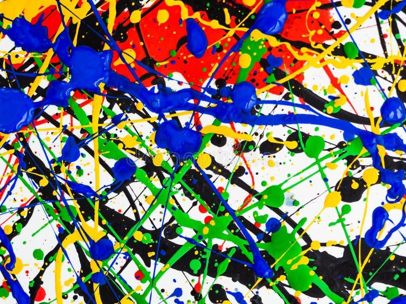 Kreativer Hintergrund der Kunst des abstrakten Expressionismus Kunst von spritzt und tropft rote schwarze grüne gelbe blaue Farbe stockbild