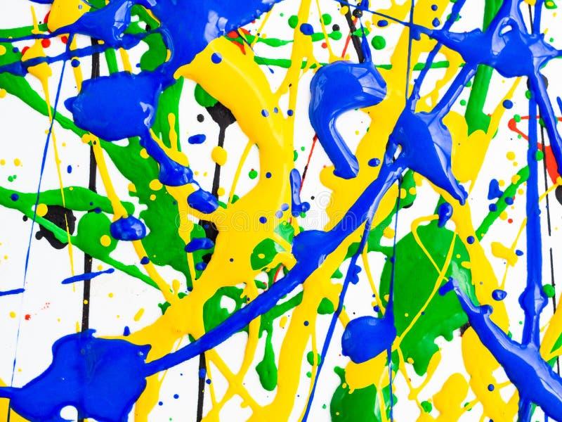 Kreativer Hintergrund der Kunst des abstrakten Expressionismus Kunst von spritzt und tropft rote schwarze grüne gelbe blaue Farbe stockfotos