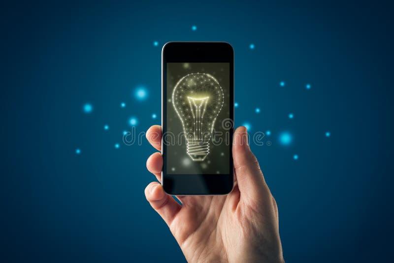 Kreativität, Ideen und Intelligenzkonzepte einschalten lizenzfreie stockbilder
