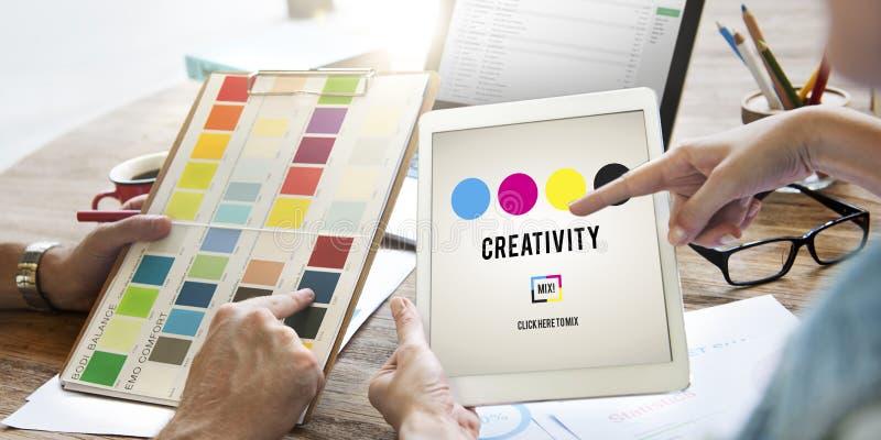 Kreativitetambitioninspiration inspirerar expertisbegrepp royaltyfria foton