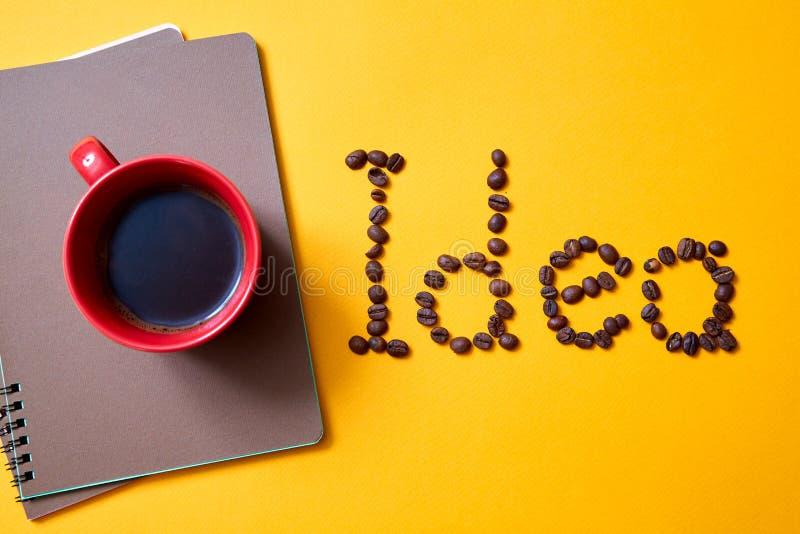 Kreatywnie, jaskrawi inspiracji pojęcie, pomysł i innowacja Innowacji i biznesu rozwiązanie obrazy royalty free