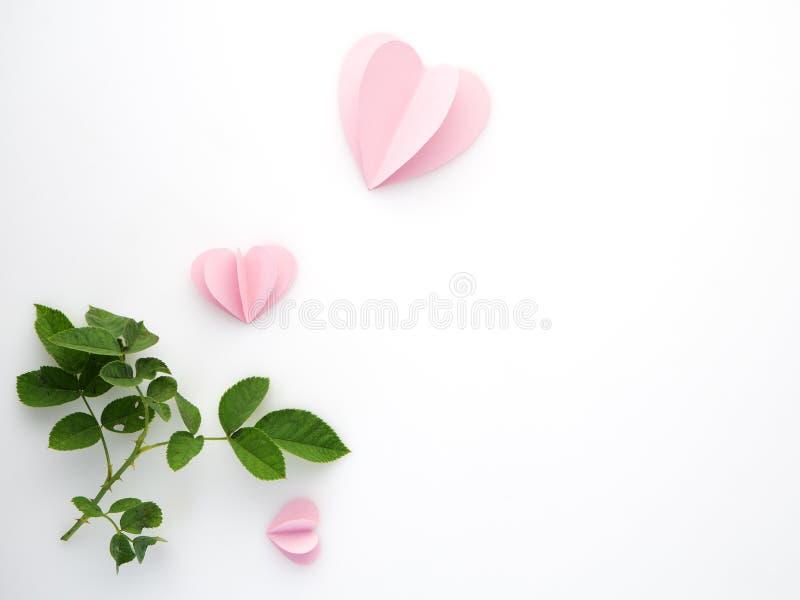 kreatywnie miłość menchii papieru serca fotografia stock