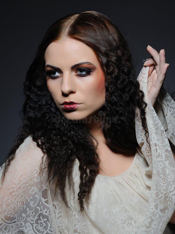 kreatywnie twarzy żeński gothic uzupełniający obraz royalty free