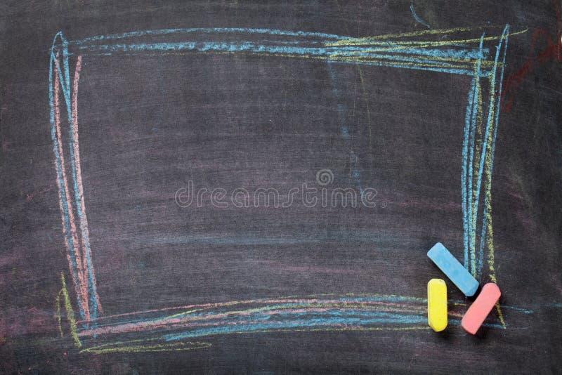 Kreda na blackboard tle zdjęcie stock