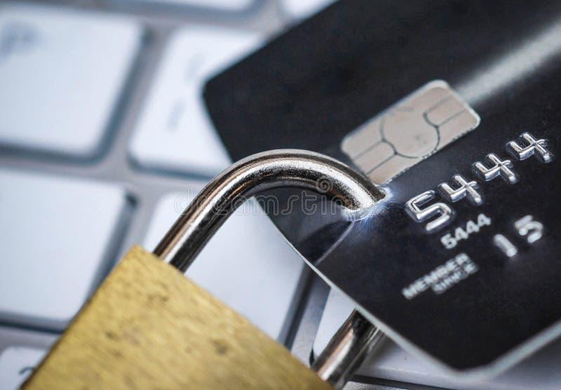 Kreditkortdatasäkerhet royaltyfria bilder