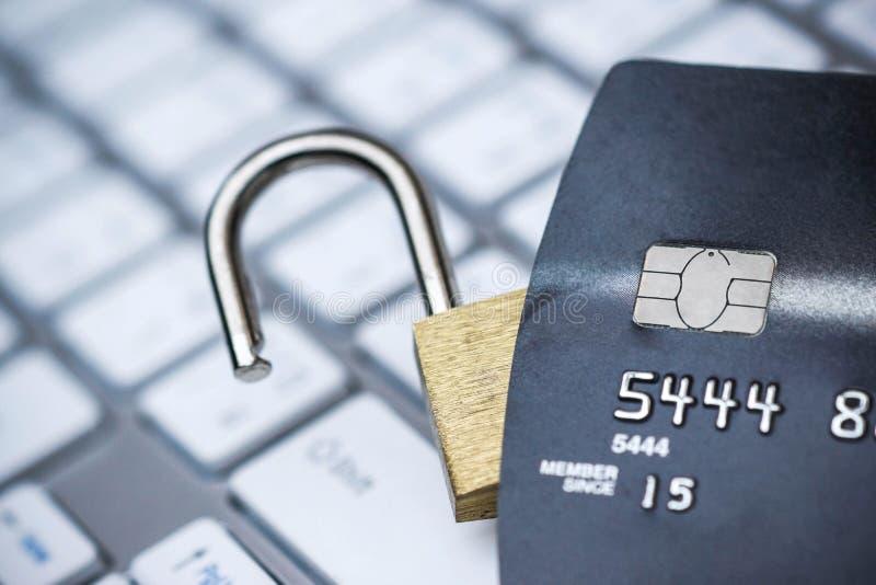 Kreditkortdatasäkerhet arkivbild