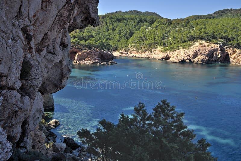Kreek in noordelijk Ibiza-Eiland stock foto's