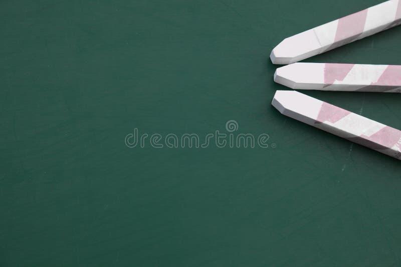 Kreide auf einer Tafel stockfotografie
