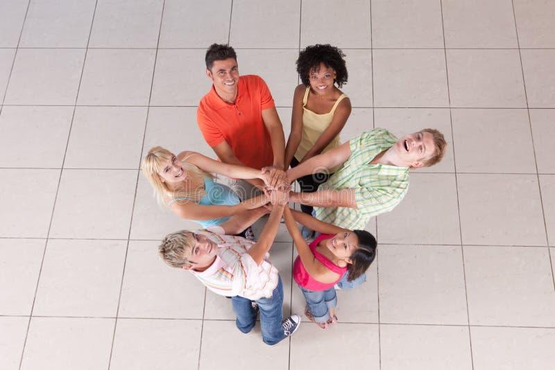 Kreis der Freunde lizenzfreies stockbild