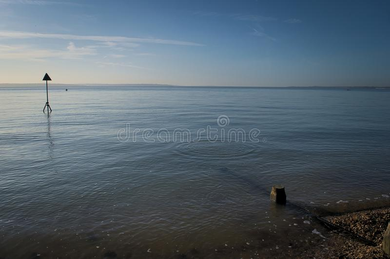 Kreise im Meer stockbilder