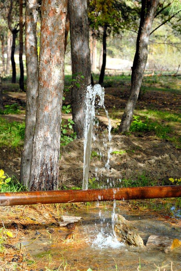 krekingowa przecieku drymby woda zdjęcia royalty free