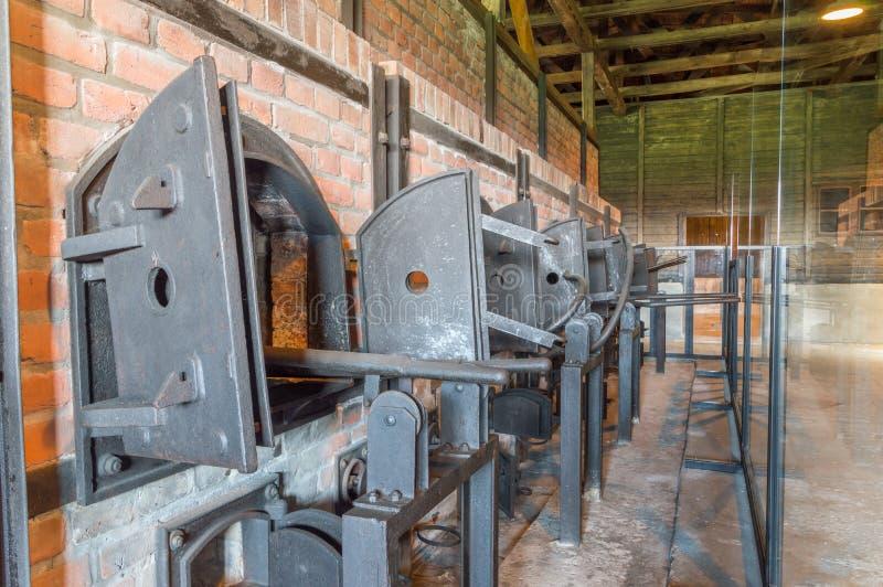 Kremeringugnar på KL Lublin/Majdanek Nazi German Concentration Camp royaltyfria bilder