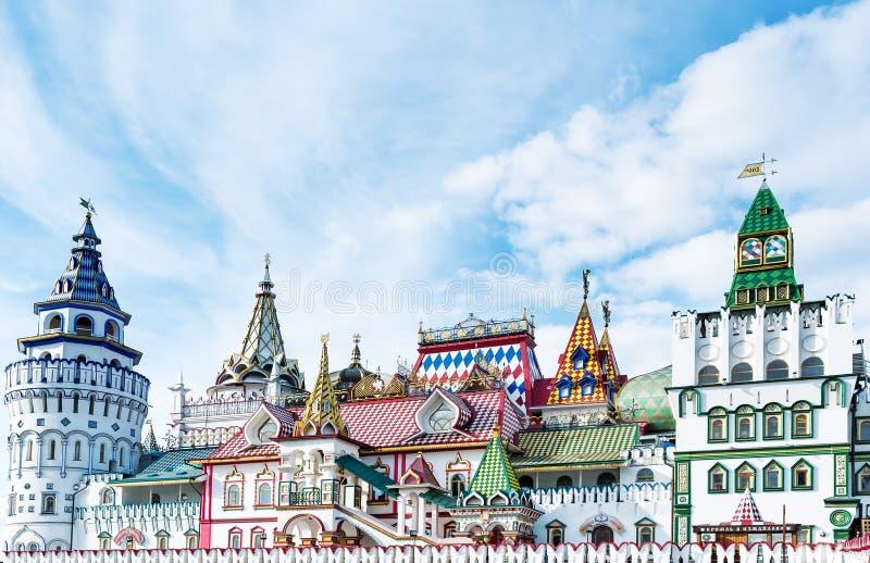 Kremlin bonito em Izmaylovo na mola fotos de stock