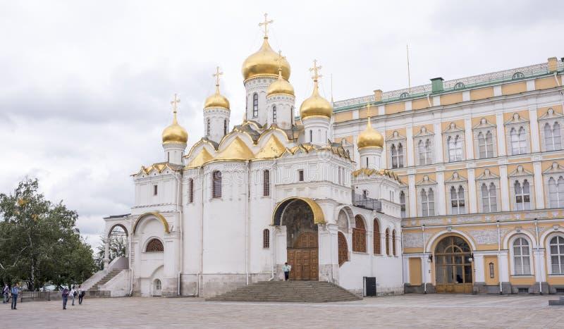kremlin Cathédrale de Blagoveshchensky Touristes visitant la vue photo libre de droits
