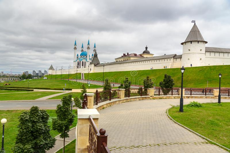 Kremlin de Kazan e mesquita de Kul-Sharif kazan Rússia fotos de stock