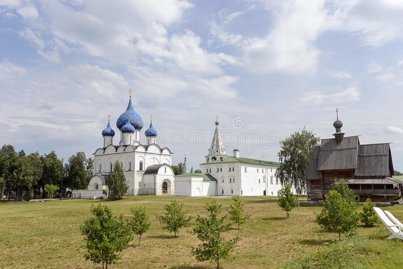 Kremlin de Suzdal no verão fotos de stock royalty free