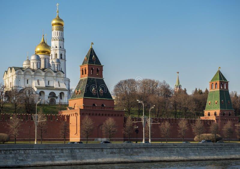 kremlin moscow solnedgång arkivfoto
