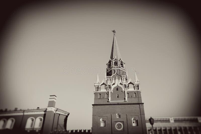 kremlin moscow Tappning utformar sepiafotoet royaltyfria foton
